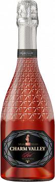 Вин. напиток Шарм Вэлли Ред газ.сл. или Вин. напиток Невская Жемчужина Круизер газ. п/сл — что лучше